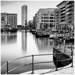 fbIRIX_Clarence-Dock-XT1-BW-1x1---25032017_DSCF2883